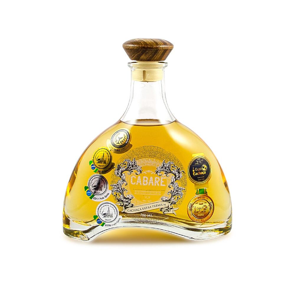 Cachaca_Extra_Premium_15_Anos_Cabare_bom_de_beer